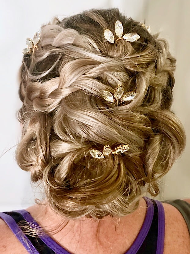updo with jewels