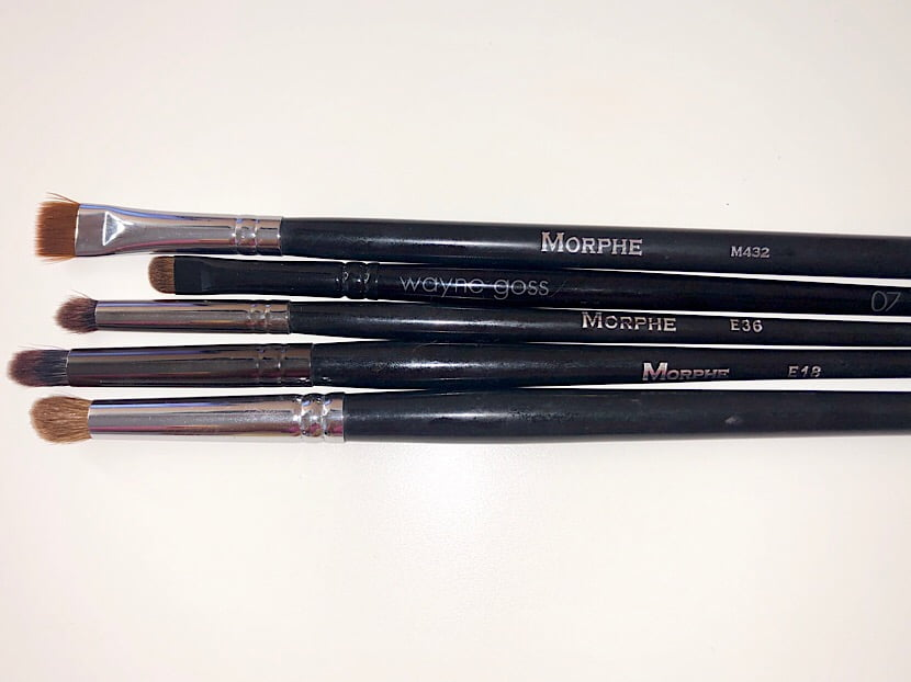 lower lash line brushes